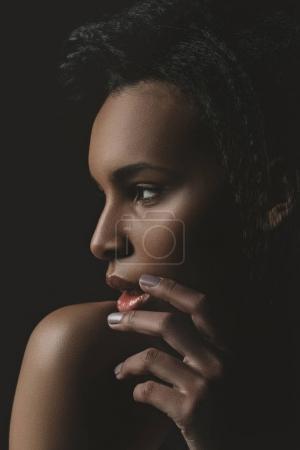 感性的黑人女孩